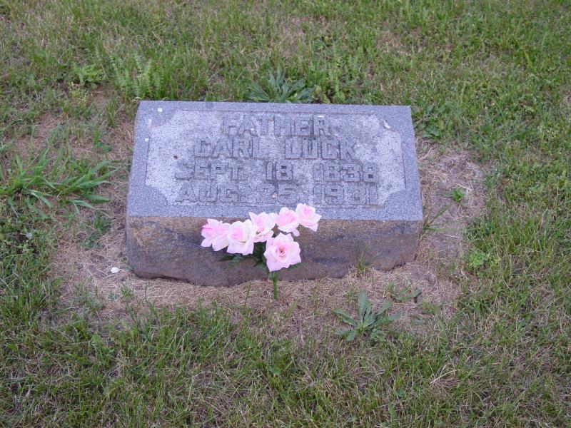 Carl Lueck Tombstone