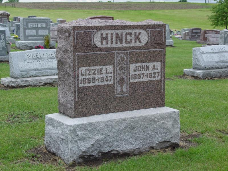 John and Lizzie Hinck Tombstone